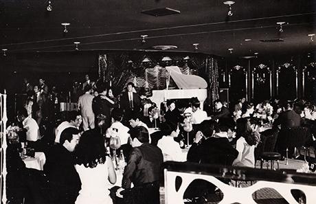 1970頃_歌舞伎町キャバレーロータリーweb.jpg
